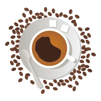 Vista dall'alto di una tazza di caffè su un cucchiaino di zucchero piattinouna dispersione di chicchi di caffè