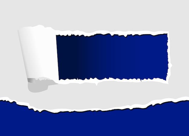 Carta strappata con foro