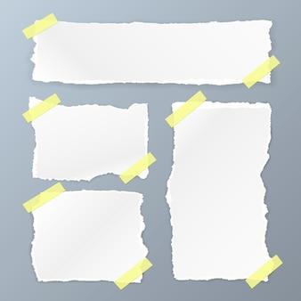 Carta quadrata strappata impostata su sfondo bianco. illustrazione vettoriale