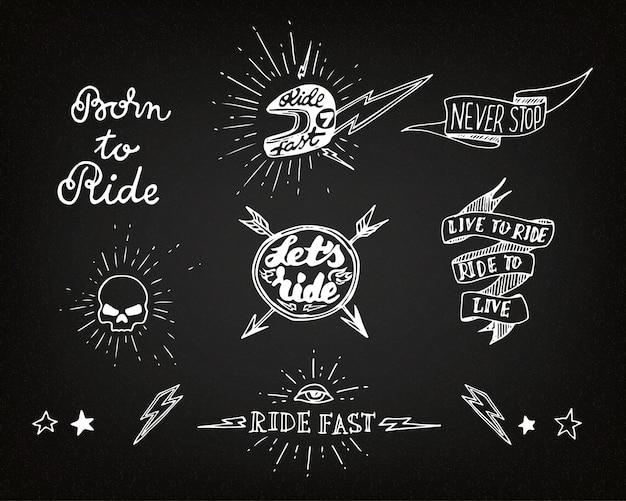 Elementi tradizionali del desgin del motociclista del tatuaggio