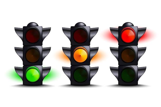Semafori su verde, giallo, rosso