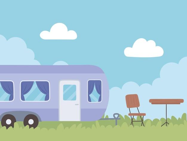 Rimorchio camper in campo