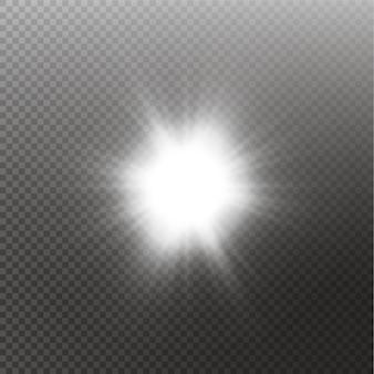 Luce solare trasparente effetto luce speciale riflesso lente. sole isolato su sfondo trasparente. effetto luce bagliore.