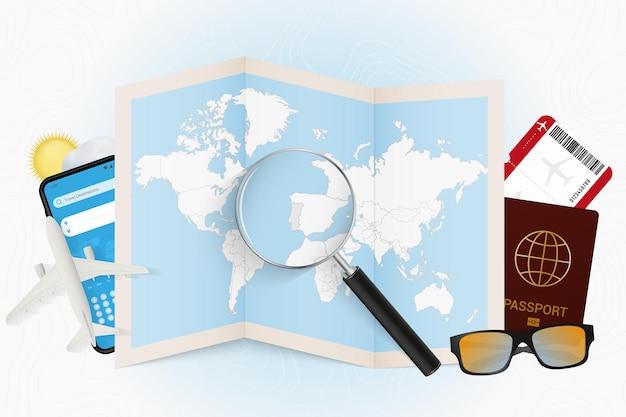 Destinazione di viaggio portogallo turismo mockup con attrezzatura da viaggio e mappa del mondo