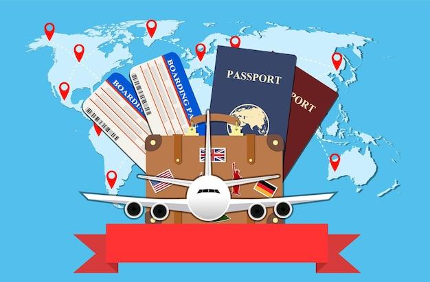 Concetto di viaggio e turismo. biglietti aerei, passaporti e valigia da viaggio con adesivi funky e mappa del mondo, aereo civile, turismo e pianificazione, illustrazione vettoriale. concetto di viaggio.