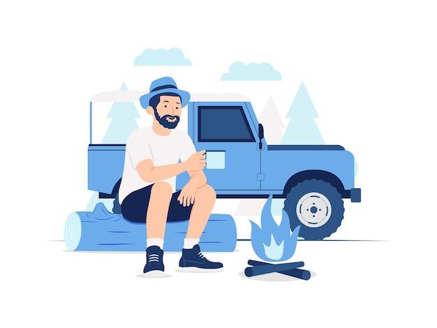 Uomo di avventura del viaggiatore con il cappello da portare della barba che si siede nel ceppo e che beve dalla tazza vicino al suo veicolo fuoristrada e illustrazione di concetto di falò