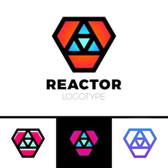 Logotipo triangolare