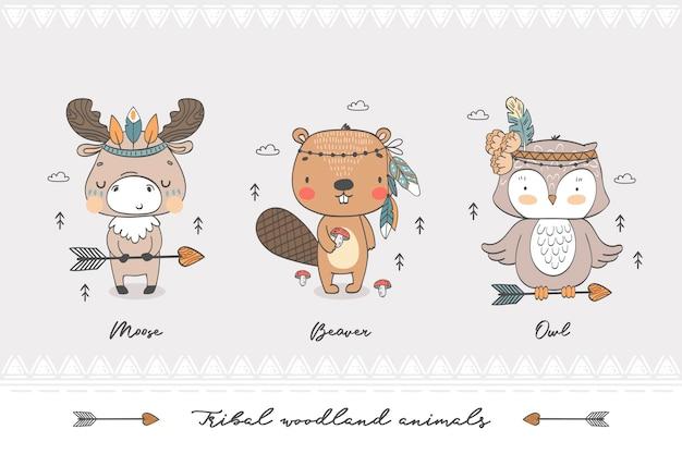 Caratteri dell'illustrazione disegnata a mano degli animali tribali della foresta