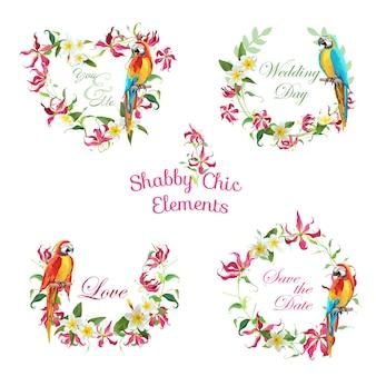 Banner e tag con fiori tropicali e uccelli pappagallo