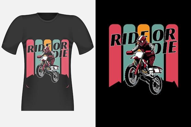 Tshirt design di ride or die con illustrazione retrò vintage di motocross