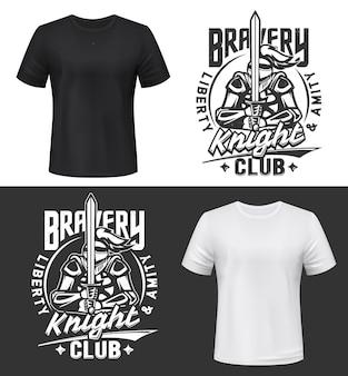 T-shirt stampata con cavaliere che tiene la spada