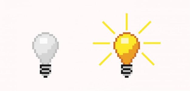 Lampadina pixel spenta e accesa. lampada luminosa a energia libera bianca e arancione.