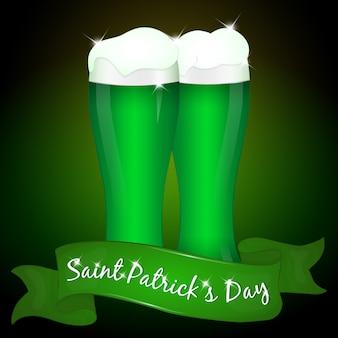 Due bicchieri di birra verde per il giorno di san patrizio