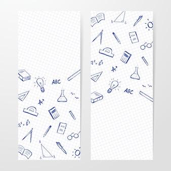 Due poster con insieme disegnato a mano di forniture di giochi per bambini sul foglio di quaderno