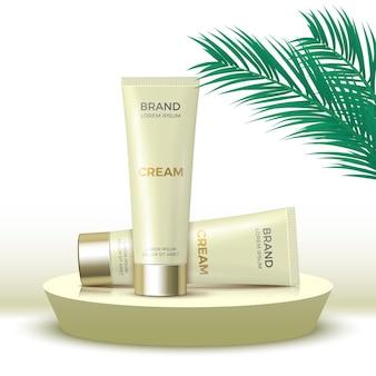 Due tubi di crema su podio rotondo piattaforma espositiva di prodotti cosmetici con foglie di palma rendering 3d