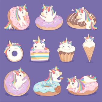 Ciambelle all'unicorno. viso carino e personaggi di magic rose little pony unicorn con immagini di dolci ciambelle gelato vettoriale dessert. unicorno con crema dolce, piccola torta e fantasiosa illustrazione di pony