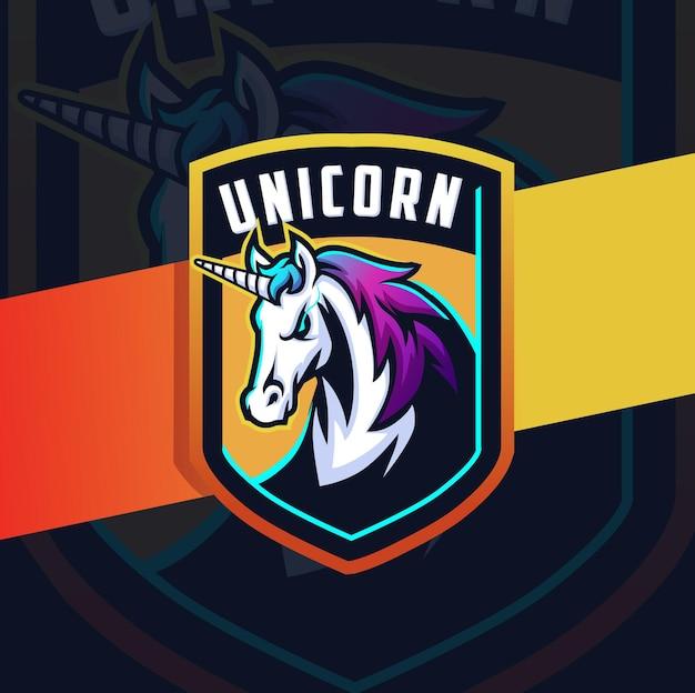 Carattere di design del logo esport della mascotte del cavallo unicorno per il logo di giochi e sport