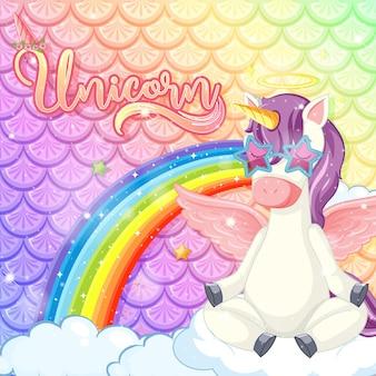 Iscrizione di unicorno con simpatico personaggio dei cartoni animati di unicorno su squame di pesce arcobaleno