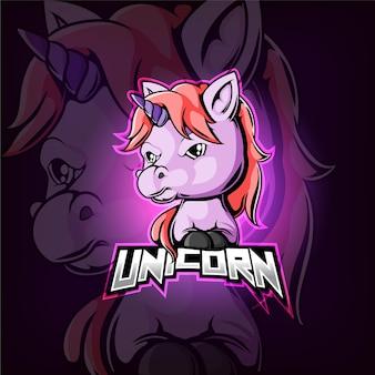 Design del logo esport mascotte unicorno