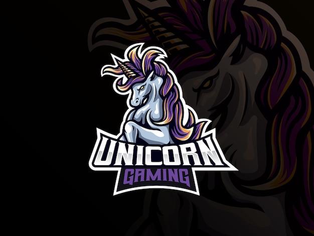 Design del logo sport mascotte unicorno