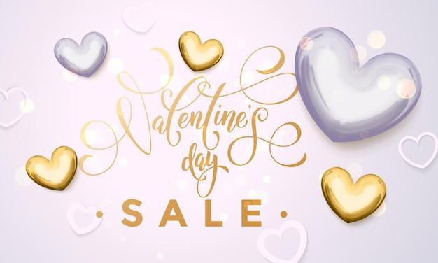 Cuori dorati di vendita di san valentino e testo di calligrafia di lusso in oro per negozio bianco premium