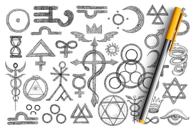 Vari simboli alchemici doodle insieme. raccolta di lampone crespino disegnato a mano, arrowroot, camomilla, rosa canina, aloe, adonis, cone linde altre piante con nomi isolati