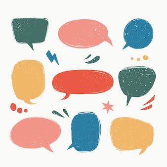 Varie bolle di discorso o forme di palloncini di discorso in stile vintage con texture grunge