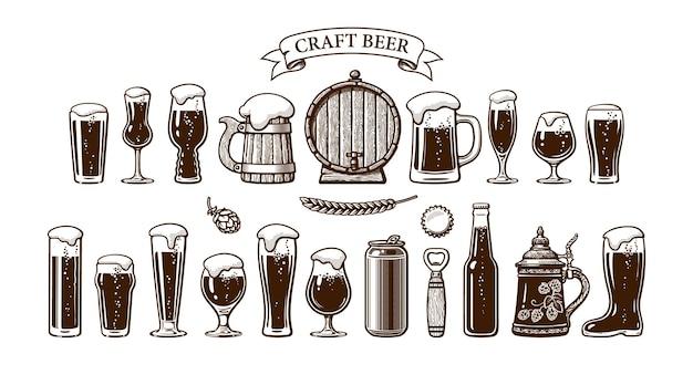 Vari tipi di boccali per bicchieri da birra e altri oggetti utilizzati nella produzione della birra