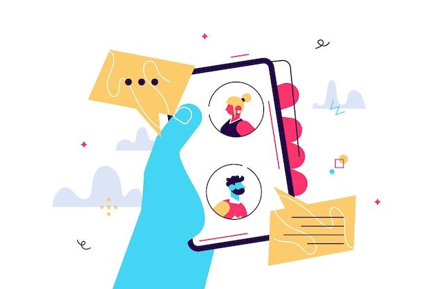 Illustrazione del fumetto di vettore del concetto di messenger mobile. persone in chat sullo schermo dello smartphone. le mani umane tengono lo smartphone.