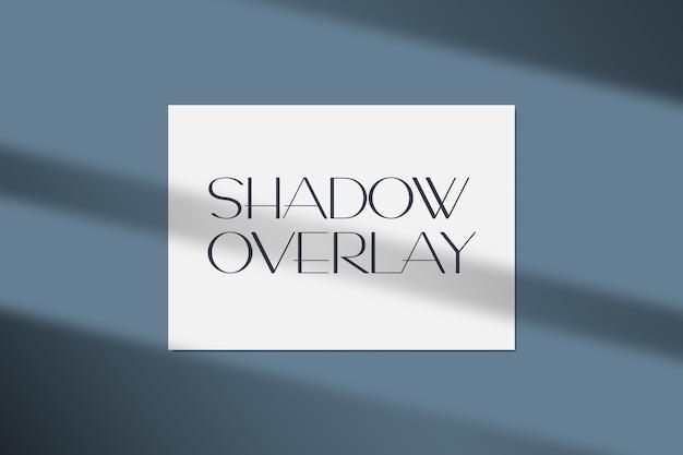 Illustrazione vettoriale di un mockup di carta con effetto di sovrapposizione di ombre realistiche