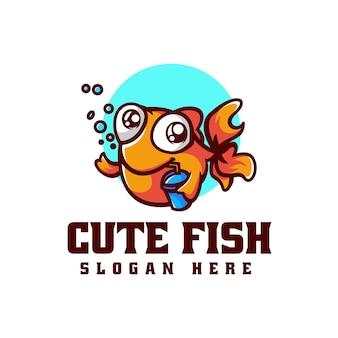 Illustrazione di logo di vettore stile sveglio del fumetto della mascotte dei pesci svegli
