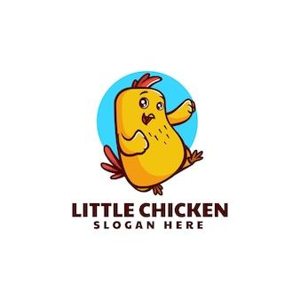 Illustrazione di logo di vettore piccolo pollo mascotte stile cartone animato
