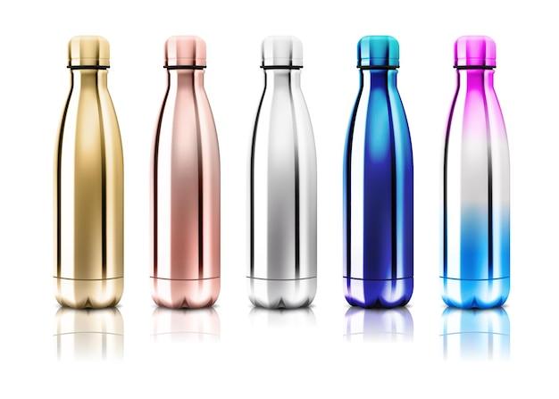 Vettore realistico 3d blu e oro vuoto bottiglia d'acqua riutilizzabile in metallo lucido