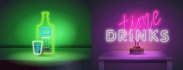 Insegna al neon isolata realistica di vettore della scritta drinks time per la decorazione e la copertura sullo sfondo della parete. una bottiglia di tequila e un bicchierino in stile neon