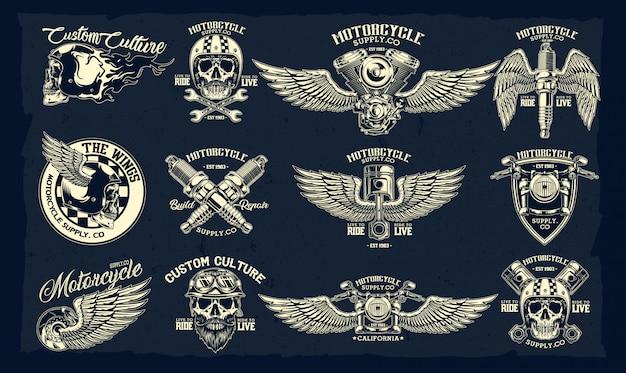 Insieme di vettore degli emblemi classici del motociclo
