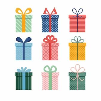 Insieme di vettore di diverse scatole regalo incartate colorate. confezione regalo di natale. regali di festa.