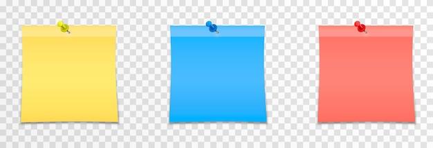 Set vettoriale di fogli per appunti su uno sfondo trasparente isolato nota adesiva realistica
