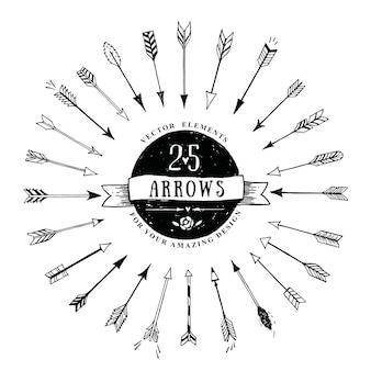 Insieme delle frecce decorative dell'annata di vettore. elementi di disegno vettoriale disegnati a mano