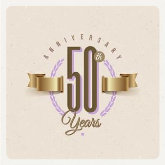 Emblema d'annata di anniversario di cinquantesimo anno con la corona dorata dell'alloro e del nastro - illustrazione