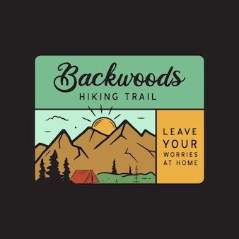 Progettazione dell'illustrazione dell'emblema del logo di avventura di campeggio dell'annata. etichetta per esterni con tenda, scena di montagna e testo - sentieri escursionistici nei boschi. insolito adesivo in stile hipster lineare. vettore di riserva.