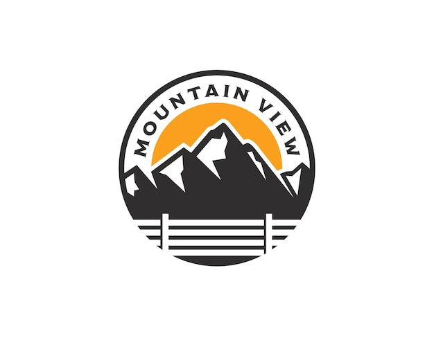 Modello di progettazione del logo dell'emblema del paesaggio di mountain view vintage