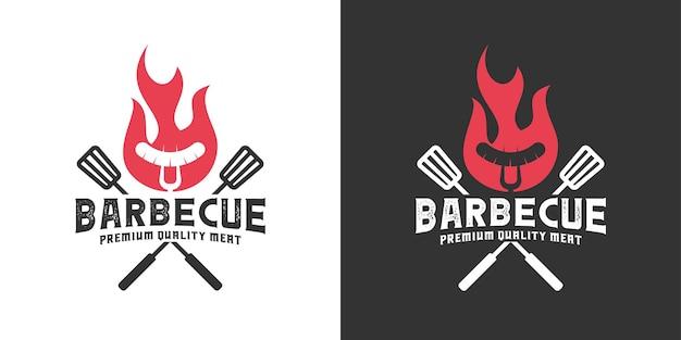Barbecue vintage retrò con ispirazione per il design del logo della fiamma