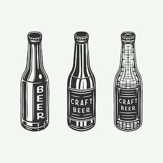 Bottiglie di birra retrò vintage o bottiglie di bevande possono essere utilizzate come emblema