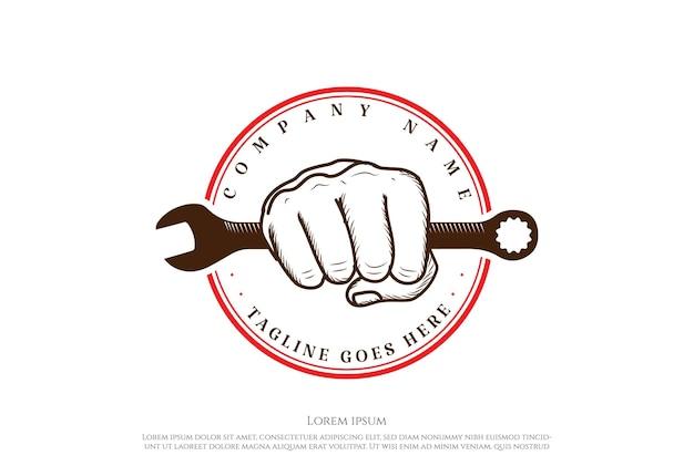 Vintage retrò chiave a mano per garage officina personalizzata logo design vector