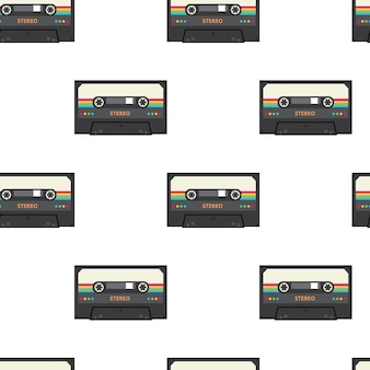 Modello senza cuciture del nastro a cassetta stereo vintage - musica retrò e dispositivi di registrazione audio isolati su priorità bassa bianca.