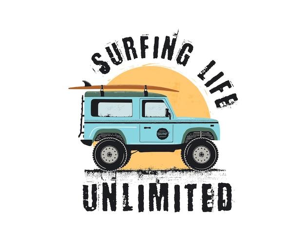 Emblema di surf vintage con auto da surf retrò