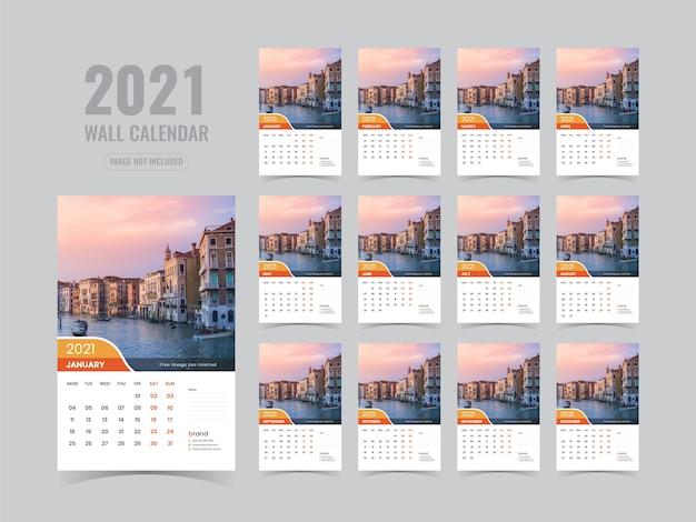 Modello di calendario da parete 2021