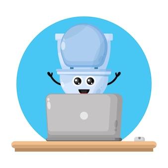 Logo del simpatico personaggio del computer portatile del gabinetto