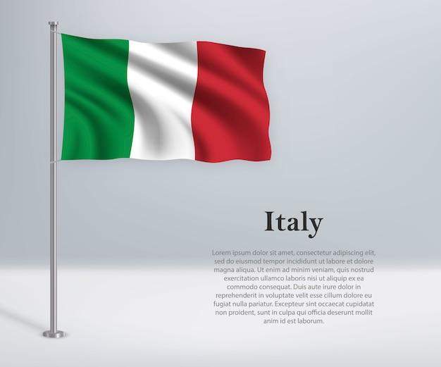 Sventolando la bandiera dell'italia sul pennone
