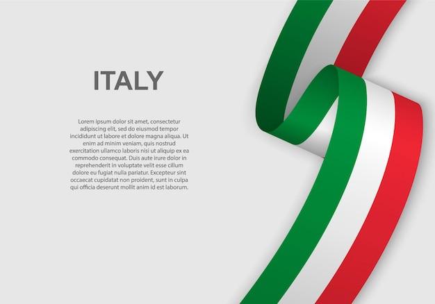 Sventolando la bandiera dell'italia.
